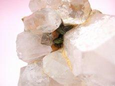 画像5: エピドート(緑れん石)付着クリスタルクラスター (水晶群晶) 232g (5)