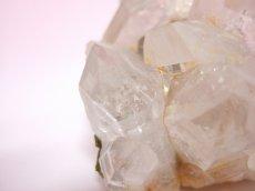 画像7: エピドート(緑れん石)付着クリスタルクラスター (水晶群晶) 232g (7)