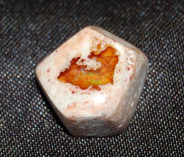 画像1: ファイアーオパール(蛋白石) (1)